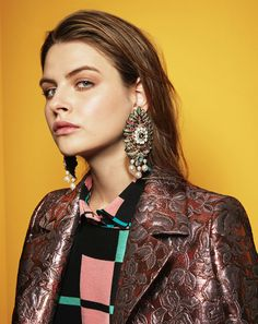 With chokers as the stars of the show at the Chanel, Gucci and Elie Saab Pre-Fall/Winter collections, explore the key jewelry trends that are set to take shape for 2017.