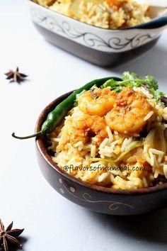 Mouthwatering Prawns Biryani recipe with step by step details and instructions!  recipe@http://www.flavorsofmumbai.com/prawns-biryani-recipe/   #prawns, #biryani, #coastalfood, #indianfood, #main