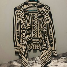 Tribal print sweater cardigan Black/tan Sweaters Cardigans