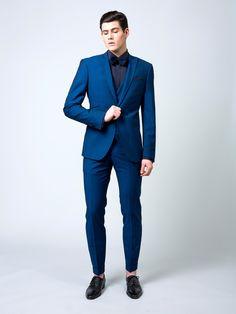 costume de mariage karl lagerfeld bleu royal mariage pinterest mariage bleu et costumes bleus. Black Bedroom Furniture Sets. Home Design Ideas