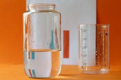 Water Refraction Science Experiment from @momandkiddo