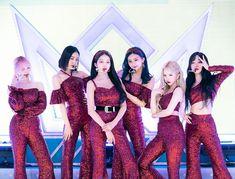 Stage Outfits, Kpop Outfits, South Korean Girls, Korean Girl Groups, Walpurgis Night, Live On Air, Latest Music Videos, Cloud Dancer, Summer Rain