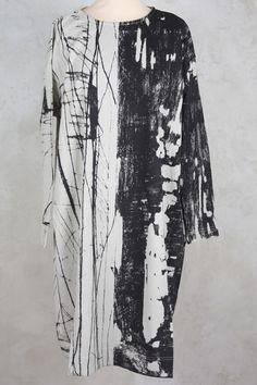 Oversized Tunic in Inky Print - Moyuru