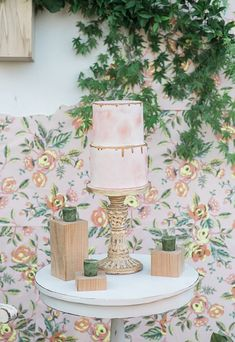 watercolor wedding cakes - photo by B. Jones Photography http://ruffledblog.com/wallpaper-and-watercolor-wedding-ideas