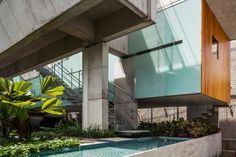 Casa de fim de semana em São Paulo. Arquiteto Angelo Bucci / SPBR<br />Foto Nelson Kon