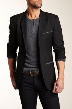 as simple as teaming a black blazer jacket with black jeans can potentially set you apart from the crowd.Something as simple as teaming a black blazer jacket with black jeans can potentially set you apart from the crowd. How To Wear Blazers, Blazers For Men, Black Blazers, Mode Masculine, Sharp Dressed Man, Well Dressed Men, Stylish Men, Men Casual, Casual Suit