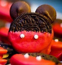 Mickey Mouse Sugar Rush: Mickey Oreos, Cupcakes & Cake Pops