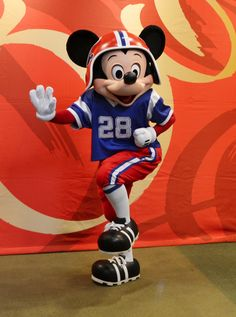mickey and minnie football outfits | Team Mickey Goodbye Party | Elly and Caroline's Magical Moments