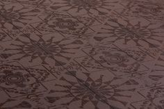 Mafi Carving Nana adopts Mafis innovative approach to engrave designs on Beech wood planks. Mafi floors stand out due to their longevity and robustness. Natural Wood Flooring, Natural Structures, Wood Surface, Wood Planks, Natural Oils, Contemporary Design, Carving, Tapestry, Graphic Design