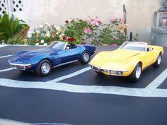 1968 & 1972 Chevy Corvette 1/25 scale model cars.