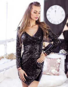 Be sexy, elegant and ready to be the princess of the night! Dresses With Sleeves, Princess, Formal Dresses, Chic, Nyx, Long Sleeve, Night, Black, Fashion