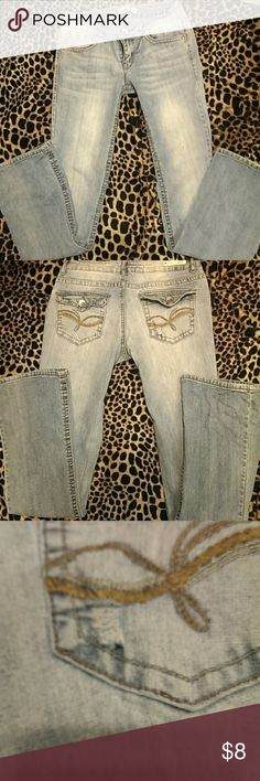 Lei jeans size 5R Juniors.  Good shape.  Tiny dime sized imperfection on pocket as seen in picture. lei Jeans Boot Cut