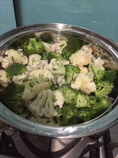 Brócoli y coliflor al vapor.