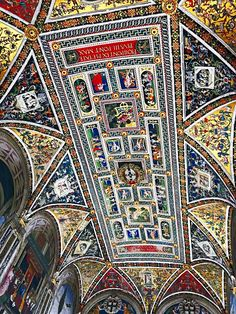 The Piccolomini Library, The Duomo, Sienna, Tuscany / cbw By Train, Time Travel, Day Trips, Tuscany, Florence, City Photo, Bohemian Rug, Places To Visit, Italy