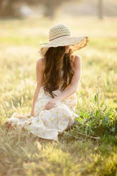 Fashion: Boho to High Fashion. Boho, Field Of Dreams, Shooting Photo, Foto Pose, Belle Photo, Country Girls, Country Living, The Dreamers, Serenity