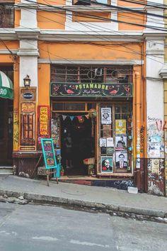 Putamadre bar in Valparaíso, Chile | heneedsfood.com