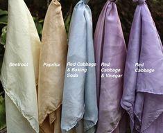 Rachael Rabbit: Home Made Play Silks: Dyes from the Kitchen Cupboard Shibori, Fabric Painting, Fabric Art, Fabric Crafts, Diy Crafts, Tye Dye, Natural Dye Fabric, Natural Dyeing, Tinta Natural