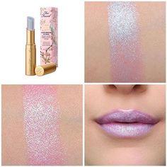 Too Faced La Creme Lipstick Unicorn Tears Love Makeup, Makeup Tips, Makeup Looks, All Things Beauty, Beauty Make Up, Lip Gloss, Make Up Cosmetics, Make Up Inspiration, Unicorn Makeup
