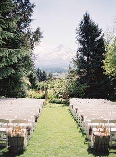 Cool 80+ Awesome Mountain Wedding Ideas https://weddmagz.com/80-awesome-mountain-wedding-ideas/
