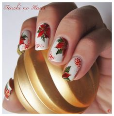 Noël, Poinsettias nail art