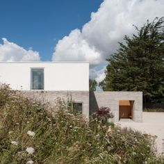 Broombank House, Suffolk, England, UK by Soup Architects.