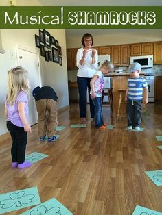 Patrick's Day party Musical shamrocks is a fun game to play at a St. Patrick's Day party with kids. San Patrick, Fete Saint Patrick, Movement Activities, Music Activities, Activities For Kids, Preschool Ideas, Classroom Activities, Music Games For Kids, Games To Play With Kids