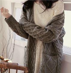 Hand-knit sweaters, fall, Autumn, winter, fashion, chunky knitwear, caremel tones, cosy feeling, winter day,