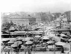 Old Viennese Naschmarkt around View from Wiedner Hauptstrasse towards the Secession Vienna Austria, Old Pictures, Vintage Postcards, Time Travel, Hungary, American History, Paris Skyline, City Photo, Beautiful Pictures