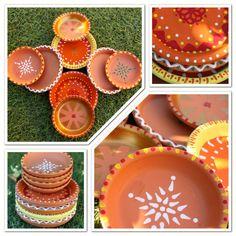 DIY Diwali Diya Diwali Craft – pot saucers as diyas … Diwali Party, Diwali Diya, Diwali Craft, Diwali Gifts, Diya Decoration Ideas, Diy Diwali Decorations, Decor Ideas, Craft Ideas, Diy Ideas