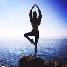 Today is a good day to have a great day. Happy Wednesday! ☀️#LoveSurf #BeachTeam #Happiness #Active #Yoga