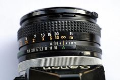 3 Ways to Use a Canon A 1 35mm Camera - wikiHow