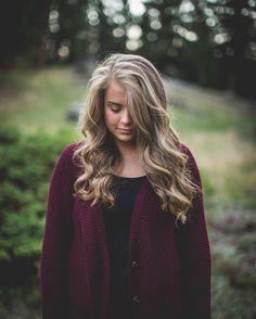 A beautiful senior portrait session with a beautiful girl in beautiful surroundings. I could get used to this. #seniorportraits #estespark #estesparkcolorado #beautiful #fun #lookslikefilm #Colorado #girl #seniorpics #RMNP