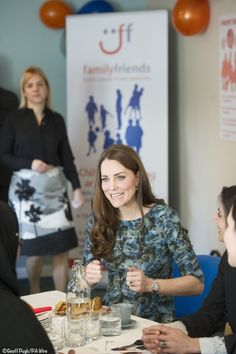 A very pretty print on the (also Seraphine Maternity) dress Kate wore to the Family Friends event