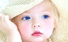 Cute Baby Girls with Blue Eyes - Is your baby gaining weight properly? See the tips at electronicbabyscale.com