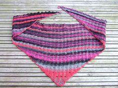 Ravelry: Jess's Easy Shawlette pattern by Julie Blagojevich