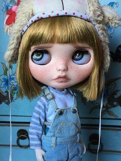 OOAK custom Blythe Mitsy by pinktezka on Etsy