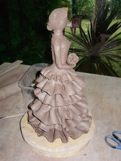 nouvelle mariée après le petit souci de la première pour la mise en forme elle es un peu plus grande et de corps plus grande aussi , noraml...