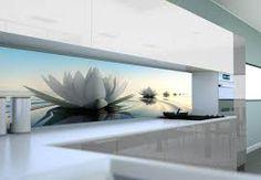 Znalezione obrazy dla zapytania lilia wodna grafika na szkle kuchnia