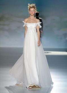 Victorio and Lucchino 2014 Bridal Collection
