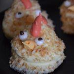Passionsfrugt flødeboller forklædt som små fine påskekyllinger ❤️ #flødeboller #påske #easter #food #sweets