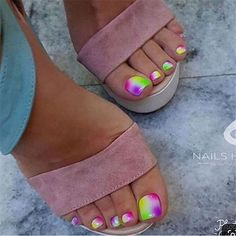 Here are the best Summer Toe Nail Design ideas for you. Keep your style game strong with Toe Nail designs for Summer. Best Summer Nail Art ideas are here. Pretty Toe Nails, Cute Toe Nails, Pretty Toes, Gorgeous Nails, Neon Toe Nails, Beautiful Toes, Glam Nails, Fancy Nails, Toe Nail Color