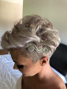 Best Womens Hairstyles For Fine Hair – HerHairdos Pixie Hairstyles, Pixie Haircut, Headband Hairstyles, Haircuts, Blonde Undercut Pixie, Headbands For Short Hair, Ice Blonde, Pelo Pixie, Haircut For Older Women