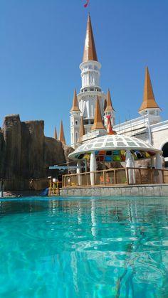 Cute SeaTrek pool in Land of Legends