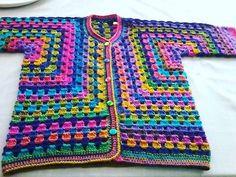Crochet Coat, Crochet Cardigan, Crochet Granny, Crochet Yarn, Easy Crochet, Crochet Clothes, Hippie Crochet, Crochet Gifts, Vintage Crochet