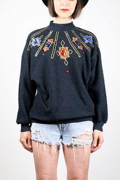 f49713447d471 Vintage 80s Sweatshirt Black Textured by ShopTwitchVintage on Etsy Beanies