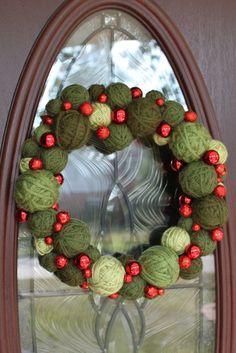 Christmas Wreath Christmas Yarn Ball Wreath 14 by whimsysworkshop Christmas Yarn Wreaths, Christmas Balls, Christmas Holidays, Christmas Decorations, Holiday Decor, 242, Yarn Ball, Christen, Christmas Projects