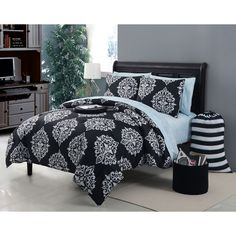 Size Full Black Comforter Sets : Free Shipping on orders over $45! Bring the comfort in with a new bedding set from Overstock.com Your Online Fashion Bedding Store! Get 5% in rewards with Club O!