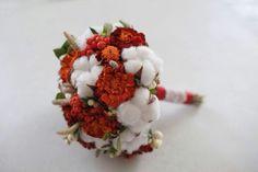 Осенний букет невесты. Хлопчатник из полимерной глины. Обошелся невесте бесплатно - бархатцы, снежноягодник и рябина собраны на даче, хлопчатник создан мной, колоски собраны и засушены мной с лета.