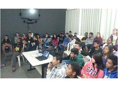 Cras Penha realiza palestra sobre prevenção a drogas. http://www.passosmgonline.com/index.php/2014-01-22-23-07-47/geral/5300-cras-penha-realiza-palestra-sobre-prevencao-a-drogas