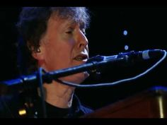 "▶ Steve Winwood - ""Georgia On My Mind"" Live From Madison Square Garden February 26, 2008] ---midway Steve let's loose on the Hammond organ and refreshes our memories of how talented a musician he is - Wonderful---jillian~j"